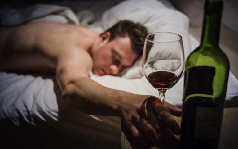 Как Алкоголь Влияет На Сон?